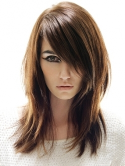 long hairstyles for round faces,long haircuts for round faces